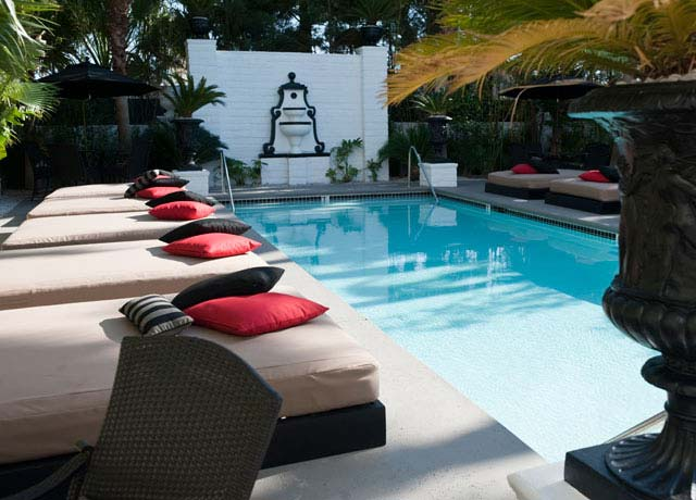 Artisan Hotel Boutique Pool