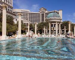 Caesars palace las vegas hotels las vegas direct for Caesars swimming pool