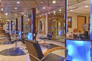 Bally's Salon
