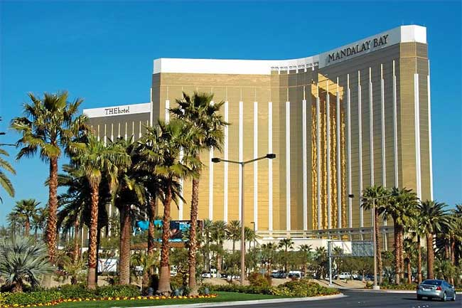 Mandalay Bay Resort Las Vegas Hotels Las Vegas Direct