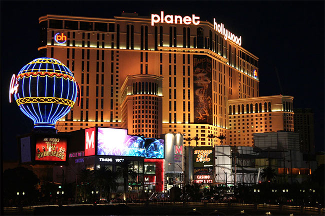 hotels near planet hollywood
