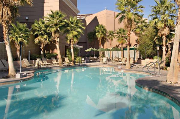 Sam 39 s town hotel gambling hall las vegas hotels las for Swimming pool poker